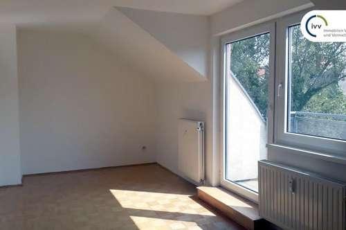 Freundliche 3 Zimmer Maisonette Wohnung mit Balkon (WG geeignet) , Waltendorfer Gürtel 13 - Top 212