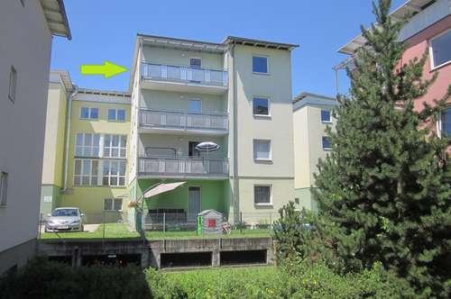 Gepflegte Dreizimmerwohnung mit Südostbalkon - Nähe PÄDAK