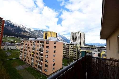 Perfekte START-Wohnung - gemütliche 2-Zi-Wohnung im 6. OG mit Lift