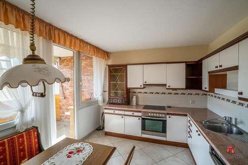 Schwaz: Ruhige, sehr helle 3 Zimmerwohnung zu verkaufen.