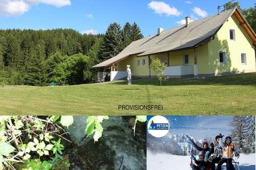 UNTERKÄRNTEN: Neu renoviertes Einfamilienhaus in idyllischer Grünlage mit einmaligen Bergpanorama zu verkaufen-optional auch als Bauerngut, Farm oder als Hube zu veräußern!