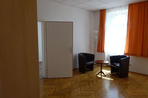 4 Zimmerwohnung im Erdgeschoß