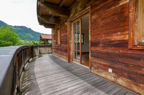 Edel gestaltete Landhauswohnung mit tollem Bergblick