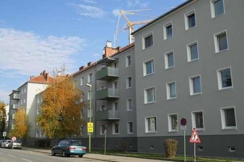 Diese behagliche Wohnung lädt zum Entspannen u. Wohlfühlen ein - genießen Sie die Vorteile einer Top-Infrastruktur in grüner u. dennoch zentraler Lage