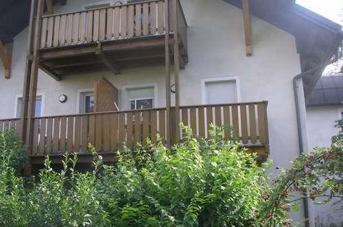 Wohnung mit Balkon am Stadtrand