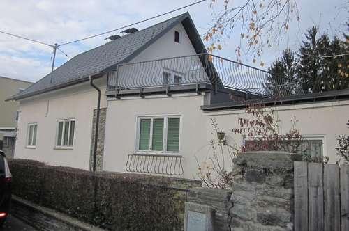 Teilsaniertes Einfamilienhaus im Westen von Klagenfurt