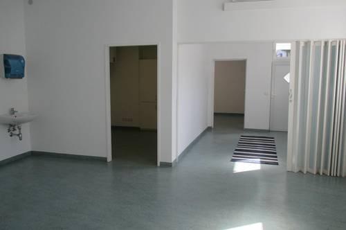 WOLKERSDORF - Stadtzentrum,   Büro