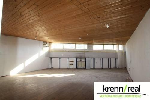 <b>Multifunktionale Halle mit Büroräume!</b>