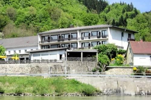 Zimmer provisionsfrei zu vermieten in Sankt Nikola an der Donau