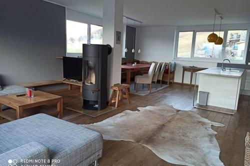 Lichtdurchflutetes Apartment mit Bergblick Panorama
