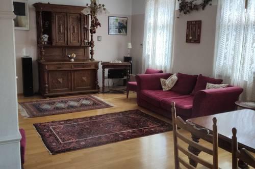 Apartment mit wildromantischem Garten in idyllischem Architektenhaus vor Wien