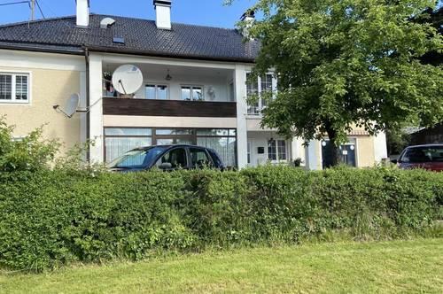 Mehrfamilienhaus in Atterseenähe