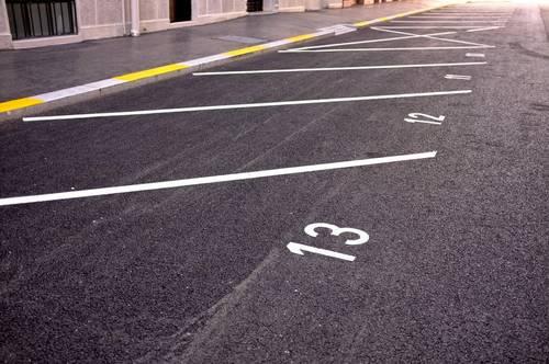 Freie Parkplätze in Jenbach zu vermieten
