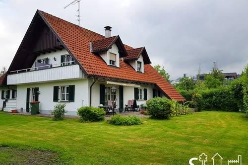 Schönes Einfamilienhaus im Landhausstil mit großem Garten zu mieten!