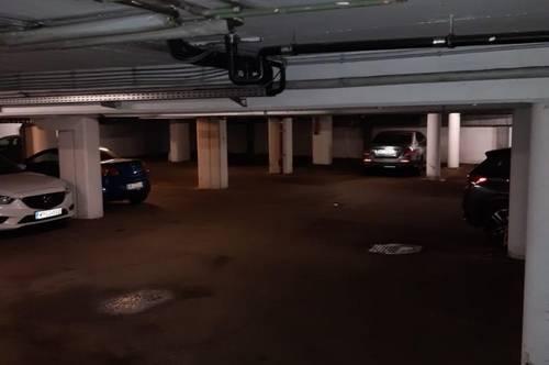 Garagenstellplatz in unmittelbarer Stadtnähe - zu vermieten!