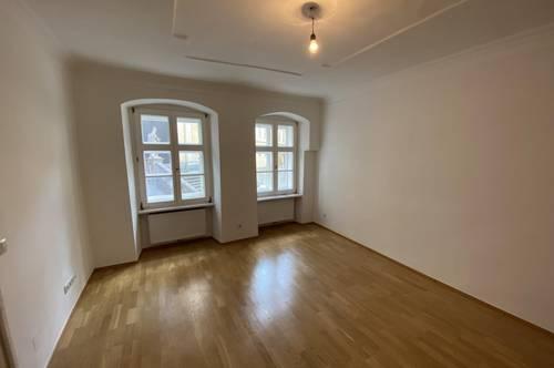 Wunderschön sanierte 2-Zimmer Wohnung in absoluter Top Lage des 7. Bezirks! - zu vermieten!