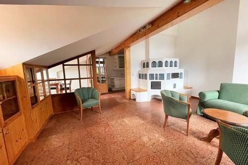 3 Zimmer DG-Wohnung mit Balkon<br />