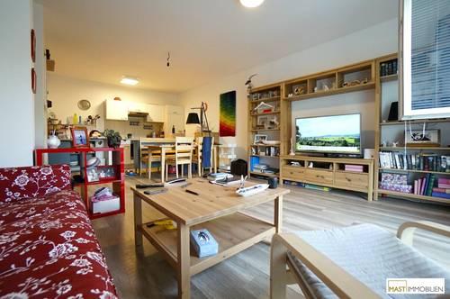 Einziehen & Wohlfühlen - Optimal aufgeteilte 2 Zimmer Wohnung inkl. Einbauküche & Balkon - optional Stellplatz in der Garage