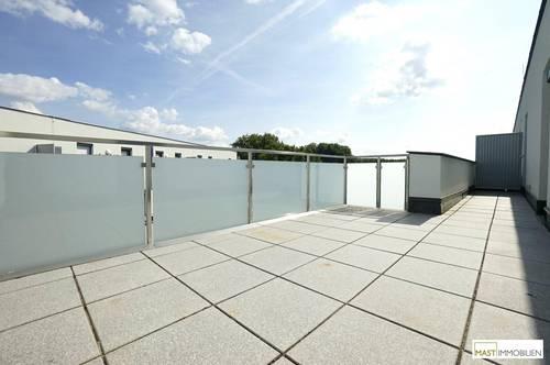 Perfekt aufgeteilte 2 - Zimmer DG Wohnung inkl. EWE Küche & XXL-Terrasse in Spillern bei Stockerau/Wien/Korneuburg
