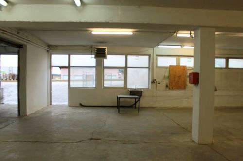 TOP!! Kfz-Werkstatt,Schlosserei etc. gesucht ?! 5141 Moosdorf: Werbegünstig gelegene ca. 352 m2 ebenerdig + 6 Parkplätze