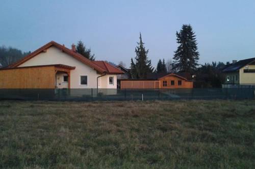Baugrundstück mit Baubewilligung