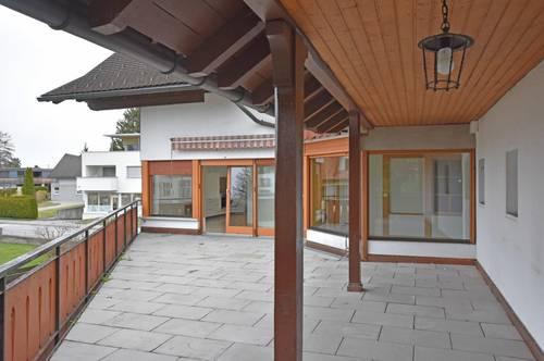 Viel Platz für die ganze Familie oder die WG - 6-Zimmer mit Garten und Terrasse