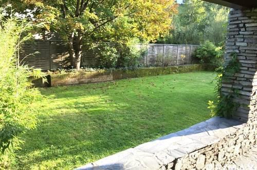 Sehr schöne Gartenwohnung mit großer Aussenfläche