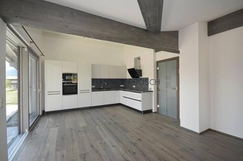 Miete: Erstbezug Dachgeschosswohnung In St. Jakob im Haus