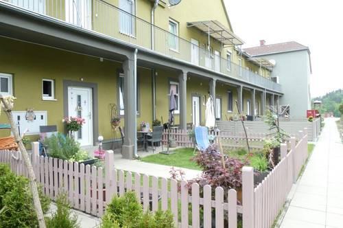 Moderne 1-Zimmer Erdgeschosswohnung mit Gartenanteil in ruhiger Grünlage!