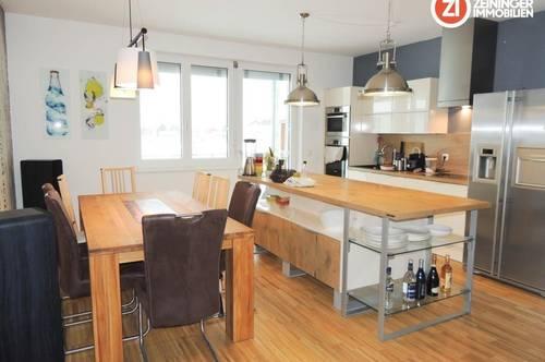 Helle 3 Zimmer Wohnung inkl. hochwertiger Küche mit ca.18m² Balkon - nähe Infracenter