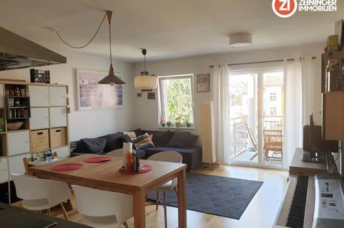 3 ZimmerI-Wohnung mit Balkon zum Innenhof und möblierter Küche