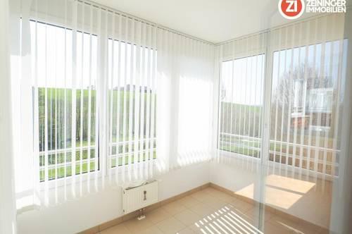 *6 Monat MIETFREI* Wunderschöne ruhige 3 ZI - Wohnung inkl. Loggia und Abstellplatz! PROVISIONSFREI