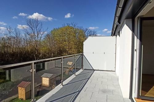 Luxuriöse Wohnung mit Wohnküche und Terrasse