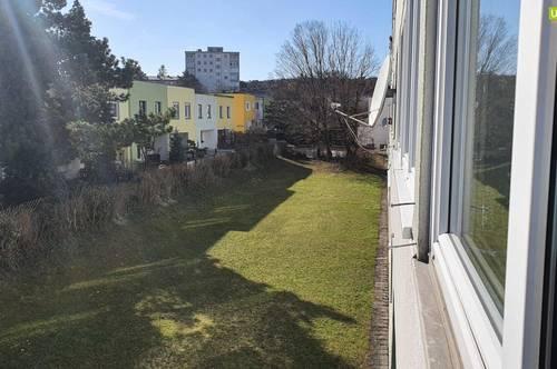 Brunn am Gebirge: Helle 2-Zimmer Wohnung mit Loggia und Grünblick!