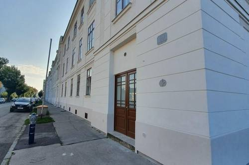 neu renovierte Single/Studenten - Wohnung ( bezugsfertig )