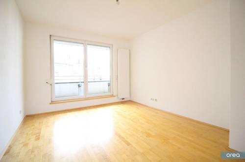 orea   Gemütliche 2-Zimmer-Wohnung in Parknähe   Smart besichtigen · Online anmieten   AHP