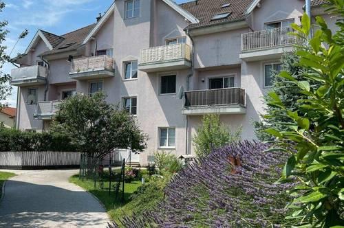 Provisionsfrei mit orea: Gemütliche 2-Zimmer-Wohnung mit Balkon | Smart besichtigen · Online anmieten |