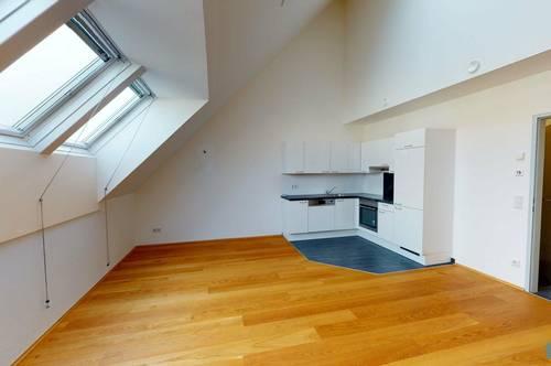 orea | Gemütliche Dachgeschoss-Wohnung mit Balkon | Smart besichtigen · Online anmieten | DS1