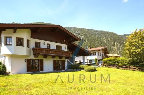 Einfamilienhaus in Seenähe und Blick auf die Steinberge