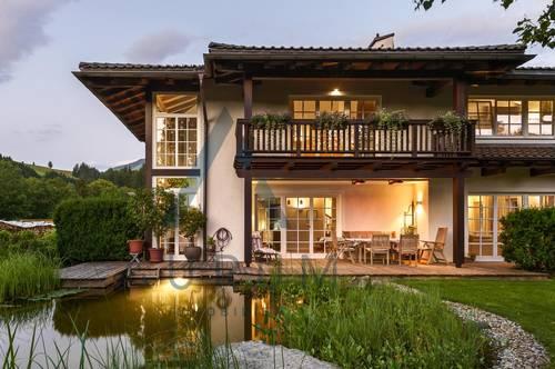 Hochwertige Landhausvilla mit Schwimmteich in Ruhelage