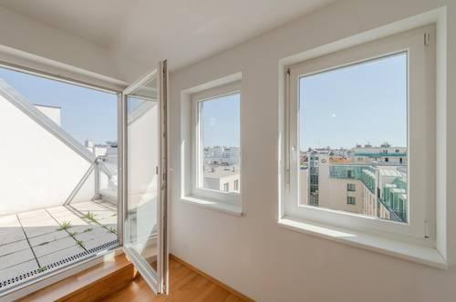 *** Dachterrasse *** Hoflage - 2 Badezimmer - Klimaanlage - Außenrollos