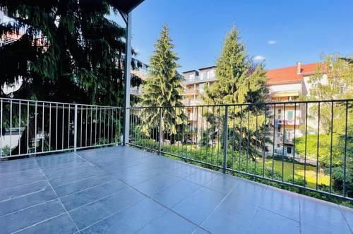 ++BALKON++ Wunderschöne, helle 2,5 -Zimmer-Altbauwohnung in toller Lage