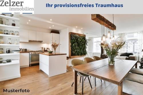 Top 32: Exklusives Reihenhaus mit 33 m2 Dachterrasse und großem 242m2 Garten -PROVISIONSFREI für den Käufer