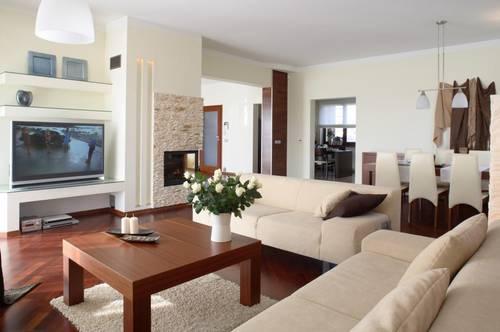 Traumhafte sonnige Wohnung in ruhiger Lage mit großer Terrasse  *PROVISIONSFREI*