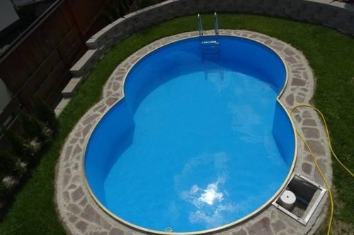 Geräumig mit 2 Einheiten und Garten mit Pool!