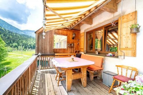 Zweifamilienhaus in idyllischer Lage