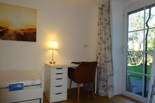 Zimmer möbliert in der 2er oder 6er Wohngemeinschaft oder 3-Zimmerwohnung Bäumlegasse Dornbirn mit Zugang zu grosszügiger Wohn-/Essküche und Terrasse/Garten