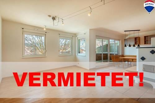 VERMIETET - Frisch renovierte zentral gelegene 3 Zimmer Mietwohnung im Herzen von Niederndorf!