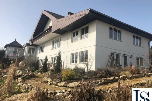Großes Mehrfamilienhaus mit viel Potential in ruhiger Aussichtslage