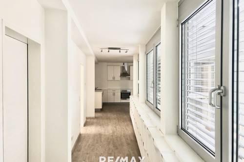 Zentrale 4-Zimmer-Wohnung mit Balkon: WG-tauglich